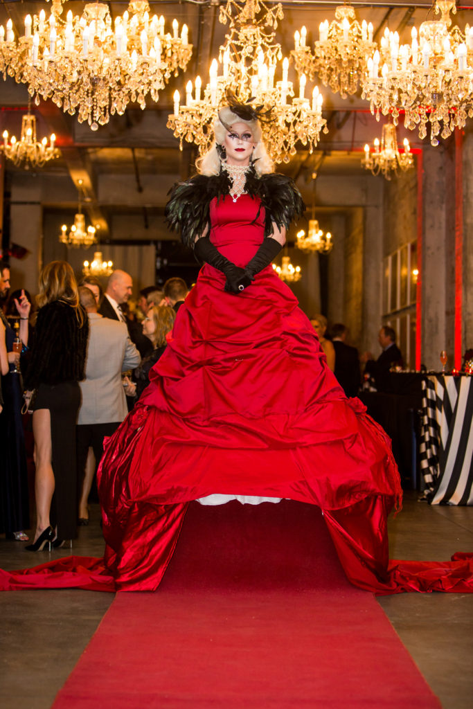 Living Red Carpet- Drag Queen- Enticing Entertainment